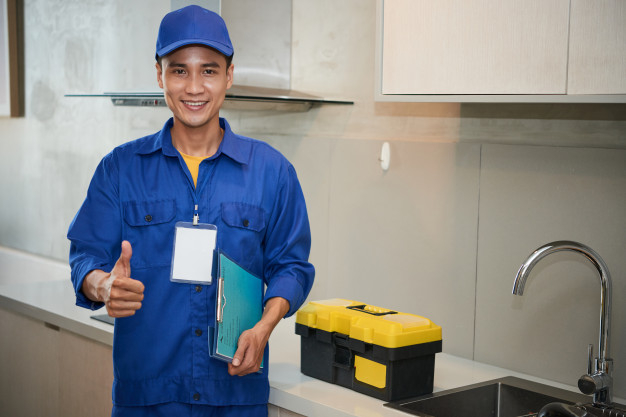 Top appliance repair richmond technician thumbs up